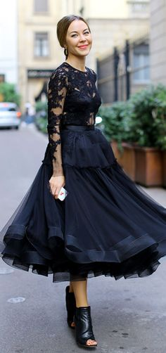 Ulyana Sergeenko in Black Lace.Streetstyle
