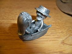 Vintage 1980 Hallmark Fine Pewter Joan Walsh Anglund Figurine Boy & Girl In Boat