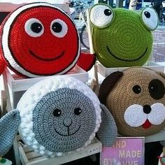 Creations to make you smile crochet patterns & more by Anne Alster Crochet Home, Crochet Gifts, Crochet For Kids, Loom Knitting, Knitting Patterns Free, Knitting Toys, Blanket Patterns, Crochet Pillow Pattern, Pillows