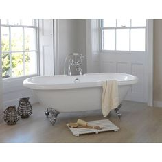 Shakespeare Roll Top Bath Small
