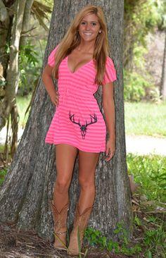 LAdies deer hunting tshirst | Sexy Womens little black Deer Skull Hunting dress