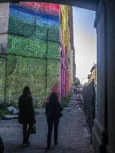 By BLU near Fronte de Porto, Ostiense. Photo by @SylviaEken.