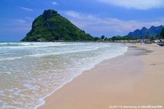 Tham Thong Bay. _Bay, _Sea, CHUMPHON