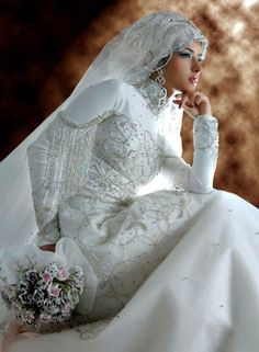 Indonesia muslim wedding dress