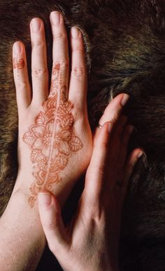 #henna #hennatattoo #mehndi #mehendi #tattoohenna