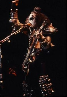 Gene Simmons Somewhere In Time, Good Genes, Hot Band, 70s Music, Gene Simmons, Creatures Of The Night, Hard Rock, Rock Bands, Rock N Roll