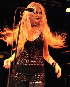 Taylor Momsen Style, Taylor Michel Momsen, Taylor Monsen, Pretty Punk, Leo Women, Metal Girl, Grunge Outfits, Aesthetic Girl, Celebs
