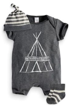 Buy Three Piece Romper, Hat And Socks Set online today at Next: United States of America Little Fashion, Baby Boy Fashion, Kids Fashion, Young Fashion, Outfits Niños, Baby Boy Outfits, Kids Outfits, Baby Kind, Baby Love