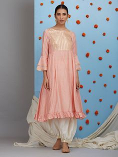 The Loom- An online Shop for Exclusive Handcrafted products comprising of Apparel, Sarees, Jewelry, Footwears & Home decor. Silk Kurti Designs, Salwar Designs, Kurta Designs Women, Embroidery Suits Punjabi, Kurti Embroidery Design, Kurta Patterns, Dress Patterns, Off White Pants, Skirt Pattern Free