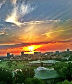 Wow! This photo was taken by a guest of the Four Seasons Resort and Club Dallas at Las Colinas. There's nothing quite like a Texas sunrise.
