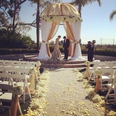 Shawna Yamamoto event design, mandaps, wedding canopies, traditional wedding, floral aisle, outdoor ceremony, sunny day, peach cream and white color scheme