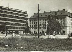 Plac Kościuszki i prawie ukończony budynek KDM. Fot. F. Falkowski.Rok 1958
