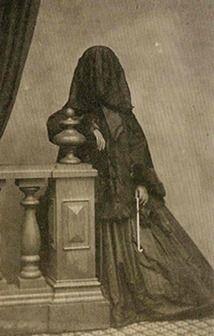 Definitely a mourning veil
