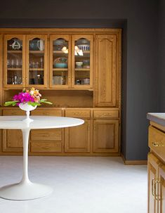 White Kitchen Oak Cabinets there are so few photos with oak trim and oak cabinets, everything