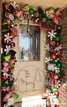 Christmas Garlands, Christmas Displays, Christmas Villages, Christmas Door, All Things Christmas, Christmas Decorations, Holiday Decorating, Porch Decorating, Decorating Ideas