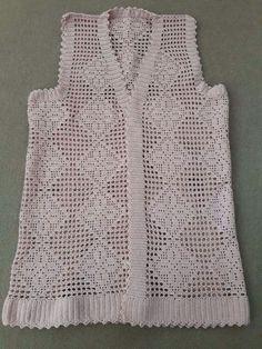 Best 11 – Page 366339750939150619 – SkillOfKing.Com Gilet Crochet, Crochet Vest Pattern, Lace Knitting Patterns, Crochet Motifs, Crochet Cardigan, Thread Crochet, Crochet Top, Baby Vest, Sweater Design