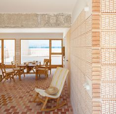 Winner of the FAD Interior Design Award Can Picafort by TEd'A arquitectes. Photograph by Luis Díaz Díaz Beautiful Houses Interior, Best Interior, Beautiful Homes, Types Of Bricks, Brick Patterns, Top Interior Designers, Brickwork, Interior Architecture, Natural Architecture