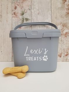 Our popular treat tin design is now available in an Eco caddy, made from recycled plastic 🐾 perfect for treats or food (wording can be changed) Dog Photo Frames, Little Girl Pictures, Sweet Jars, Dog Treat Jar, Gotcha Day, Personalised Frames, Dog Bag, Vinyl Labels, Jar Gifts