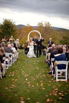 Liz & Mike's Sunapee NH Wedding | real weddings | Mywedding.com