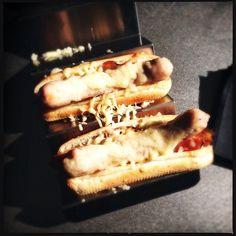 Deliciosos Spanish Hot Dog by Albert Adrià cocinados en el JOSPER, enviado por @APWChef