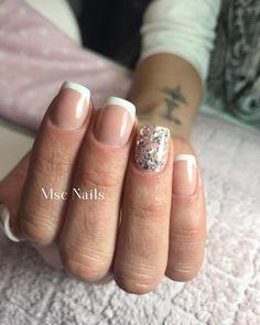Francesa con técnica reversa y glitter  #mscnails #nails #uñas #uñasacrilicas #acrylicnails #francesa #frenchnails #crystalnails #glitternails #glitter #nofilter #sinfiltro #nofilterneeded #sitges #santperederibes #vilanova #vilafranca #lovenails #lovemyclients