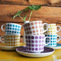 "My latest find purple ""POP"" coffeecup made by Arabia Finland this is really rare color by vintageinteriorxx Vintage Coffee Cups, Vintage Cups, Retro Vintage, Vintage Kitchen, Vintage Pottery, Surface Pattern Design, Scandinavian Design, Tea Set, Ceramic Art"