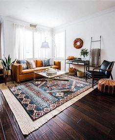 skandinavisches Wohnzimmer Living Room Rugs - All You Need To Know Boho Living Room, Living Room Decor, Bohemian Living, Living Rooms, Bohemian Homes, Decor Room, Cozy Living, Apartment Living, Gray Couch Living Room