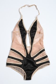 20s late swimsuit