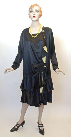 Dress, rayon satin, unlabelled, Canadian provenance, c. Vintage Clothing, Vintage Dresses, Vintage Outfits, Fashion 1920s, Vintage Fashion, 20s Dresses, Cactus Art, Fashion History, Jazz