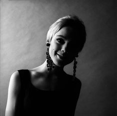 Nasceva oggi Edie Sedgwick, musa di Andy Warhol - D-Art. Jerry Schatzberg, Andy Warhol, Edie Sedgwick, Stephen Shore, Famous Photographers, Old Actress, Dream Hair, Hollywood Glamour, Black And White Photography