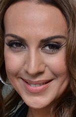"Mónica Naranjo ( #MonicaNaranjo ) - a Spanish singer who has sold over nine million albums worldwide, and whose 1st album, Mónica Naranjo, produced several hit singles ""Sola"", ""Sólo se vive una vez"", ""El amor coloca"", ""Óyeme!"" and ""Fuego de pasión"", nominating her for Eres Awards - born on Thursday, May 23rd, 1974 in Figueres, Catalonia, Spain"