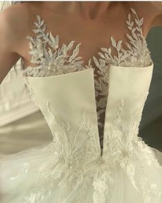 Find images and videos about fashion, dress and wedding on We Heart It - the app to get lost in what you love. Best Wedding Dresses, Bridal Dresses, Wedding Gowns, Wedding Bride, Vogue Wedding, Modest Wedding, Bouquet Wedding, Wedding Nails, Wedding Jewelry