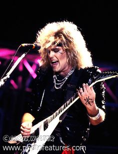 Ratt Guitarist Dies | Ratt 1985 Robbin Crosby