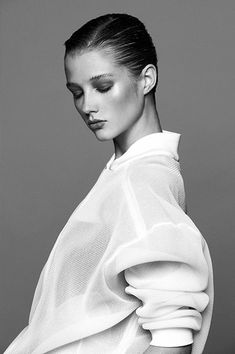 """ Carly Engleton shot by Giorgio Codazzi, styled by Michele Bagnara, Circus studio – June 2013 "" Baggy Pullover, Portrait Photography, Fashion Photography, Photography Projects, Beauty Photography, White Style, Black And White, Photo Hacks, Classic White Shirt"