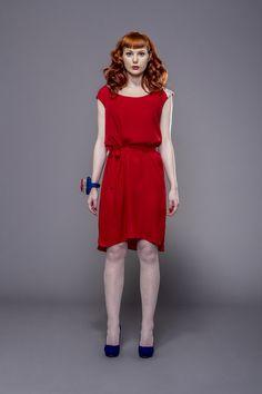 Red dress D055