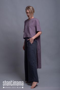 Fabric: pure linen in light weight - washed and softened. Color: Pick a color from the color chart (plea Linen Tunic Dress, Tunic Blouse, Linen Dresses, Maxi Dresses, Quoi Porter, Blouse Designs, Color Pick, Fashion Clothes, Gothic Fashion