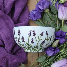 Lavender Cereal Bowl This cereal bowl is hand painted with lavender flower all around it with a pale blue background. The bowl: height diameter. This will be beautifully packaged in a special brown cardboard box, tied u Pottery Bowls, Ceramic Bowls, Ceramic Pottery, Pottery Painting Designs, Pottery Designs, Pottery Painting Ideas Easy, Painted Mugs, Hand Painted Ceramics, Hand Painted Pottery