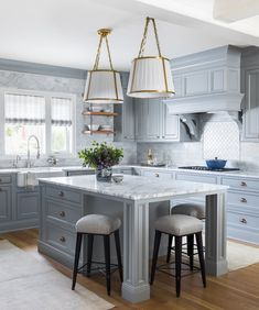 Marcus Design: Dissecting the Details: Marianne Simon Blue Cabinets, Grey Kitchen Cabinets, Kitchen Flooring, Kitchen Island, Layout Design, Design Blog, Design Art, Design Ideas, Modern Farmhouse