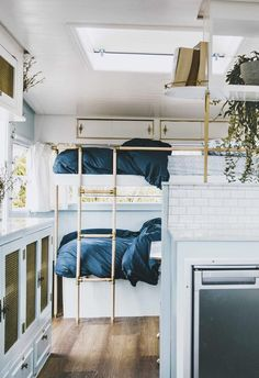 Bunk bed: Paddy and Stella share a creative bunk bed on one end of the caravan. The Block's Michael and Carlene renovated this retro vintage camper caravan in order to travel around Australia in a convenient and comfortable way. Retro Caravan, Vintage Caravan Interiors, Vintage Caravans, Camper Caravan, Vintage Campers, Camper Life, Vintage Trailers, Diy Caravan, Caravan Ideas