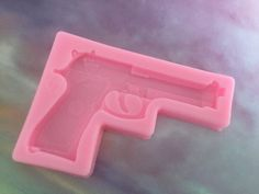Pistol gun silicone mould Great for resin art Size is Many more Coming soon Plastic Coating, Resin Coating, Diy Jewelry Mold, Diy Jewellery, Resin Molds, Diy Resin Mold, Uv Resin, Diy Resin Art, Diy Resin Crafts