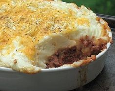 19 Best Easy Recipes for Ground Beef - From #casserole recipes to quick one pot recipes, there is a little of everything is this collection of recipes for ground beef