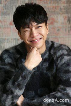 #이승기 #LeeSeungGi #leeseunggi #LSG #seunggi #kdrama #kpop Lee Seung Gi, Joon Gi, Lee Joon, Handsome Actors, Handsome Boys, Asian Actors, Korean Actors, The King 2 Hearts, Korean Tv Shows