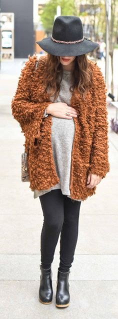 Fall Maternity Outfit Inspiration