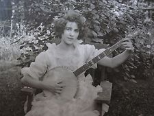 ANTIQUE AMERICAN BEAUTY BANJO ONE GIRL BAND 5 STRING EDWARDIAN ANGEL OLD PHOTO