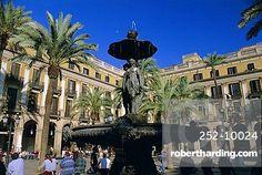 Placa Reial, Barcelona, Catalunya (Catalonia) (Cataluna), Spain, Europe