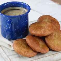How to prepare Gorditas de piloncillo y cinnamon Mexican Sweet Breads, Mexican Dishes, Mexican Food Recipes, Dessert Recipes, Tasty Videos, Food Videos, Comida Diy, Delicious Desserts, Yummy Food
