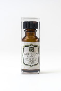 White Teak and Moss Refresher Oil by Aromatique- Use a Few Drops to Freshen Up Your Decorative Fragrance!