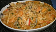 Recipes from Portugal: Delicious seafood rice Portuguese Desserts, Portuguese Recipes, Portuguese Food, Rice Recipes, Seafood Recipes, Cooking Recipes, Yummy Recipes, Pescatarian Diet, Tomato Rice
