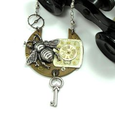 Asymmetrical Steampunk Bumble Bee Necklace exclusive design by Mystic Pieces #steampunk #mysticpieces
