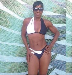 FOW 24 NEWS: 65-Year-Old Woman Shows Off Her Shockingly Amazing...
